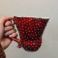 Pendant with fern and mint Ceramic Pendant, Ceramic Mugs, Ceramic Art, Pottery Mugs, Ceramic Pottery, Pottery Art, Keramik Design, Mushroom Art, Wabi Sabi
