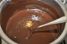 Tort cu crema caramel si crema de ciocolata cu cafea — Alina's Cuisine Creme Caramel, Chocolate Fondue, Pudding, Desserts, Food, Backyard, Pies, Kitchens, Tailgate Desserts