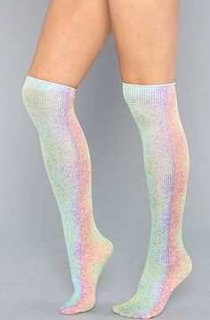 Rainbow Dots Trouser Knee Socks, looks like they're made from disco fairy wings! Festival Outfits, Festival Fashion, Edm Festival, Festival Wear, Rave Outfits, Fashion Outfits, Emo Fashion, Fashion Models, American Apparel