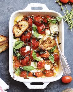 Roasted Tomatoes with Fresh Mozzarella, Basil, and Toasted Ciabatta - Emma Edmiaston Salad Recipes Great Dinner Recipes, Planning Budget, Menu Planning, Cooking Recipes, Healthy Recipes, Budget Recipes, Healthy Food, Yummy Food, Tomato Mozzarella