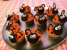 How to make ladybug cupcakes for Valentine's Day.