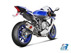 Yamaha YZF-R1: prestazioni da corsa mai raggiunte con Akrapovič http://www.italiaonroad.it/2015/05/24/yamaha-yzf-r1-prestazioni-da-corsa-mai-raggiunte-con-akrapovic/