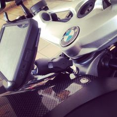 #mulpix BMW K1300R with ram mount and SlipGrip for LG G3, turning the android into GPS. The mount location..... I think I'm the first to use that hole.  #k1300r  #rammount   #sygic