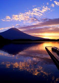 "Mt.Fuji ""Sunrise one step short! © South-Wind"""