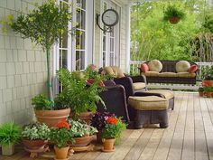 Coastal-Style Decks, Patios and Porches : Outdoors : Home & Garden Television, Kim Overton, Snohomish, WA