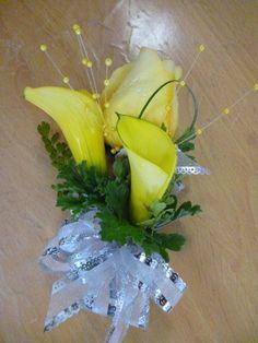 calla lillies | Crown Valley Florist | Yellow Calla Lily Corsage