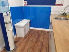 Coming in an attractive light blue colour that will perfectly suit being in rooms with an abundance of natural light, these cast acrylic sheets are an impressive material both in terms of their aesthetics and versatility. Colored Acrylic Sheets, Utility Room Designs, Simple Website, Acrylic Plastic, Plastic Sheets, Light Blue Color, Splashback, Cladding