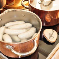 Frühstücks-Brunch im Restaurant Schneeweiß, Berlin - Weißwürste http://blog.cremeberlin.com/artikel/fruhstuck-und-brunch-in-berlin-das-restaurant-schneeweis/