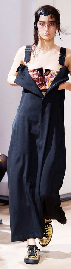 Yohji Yamamoto Collection Spring 2015. Great designer/ghastly model.