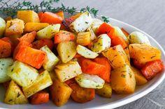 Lohkoperunat uunissa - Ruoka & Koti Feta, Cantaloupe, Sweet Potato, Food And Drink, Potatoes, Fruit, Vegetables, Potato, Vegetable Recipes
