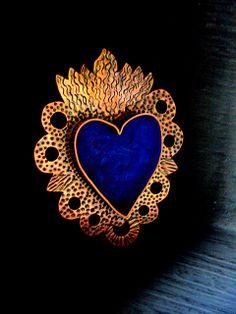Heart - Corazon Nicho pendant    Lorena Angulo