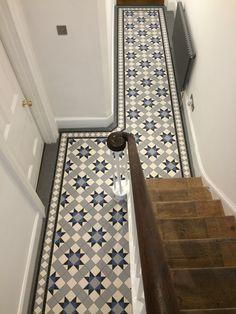 hallway flooring Victorian floor tiles g - Entryway Flooring, Hall Flooring, Living Room Flooring, Victorian Hallway Tiles, Tiled Hallway, 1930s Hallway, Victorian Flooring, Edwardian Hallway, White Hallway