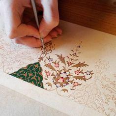#istanbultasarımmerkezi #tezhip #tasarım #atölyesi Islamic Art Pattern, Pattern Art, Motif Design, Floral Design, Painting Techniques Canvas, Arabian Art, Wedding Letters, Illumination Art, Arabesque Pattern