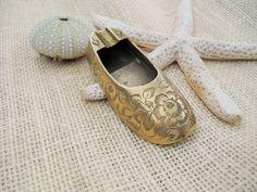 Vintage Brass Shoe Ashtray by UncleJimmysAttic on Etsy