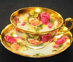 Royal Chelsea Elite Luxurious Rose  Tea cup and saucer Teacup