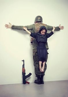 "THE UNTOUCHABLES (ERIK RAVELO), ""Siria"""