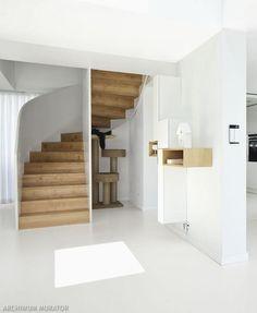 Schody drewniane: konstrukcja, stopnie i balustrady