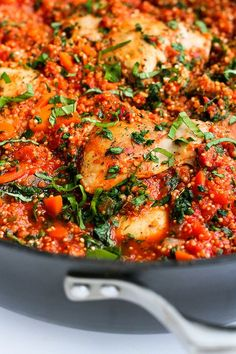 Italian flavored chicken, quinoa and tomato sauce come together in one pot for a healthy meal with minimal clean-up.
