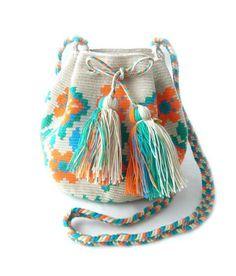 GUANABANA HANDMADE Wayuu Bag M/バッグ GH017 < DESIGNERS MARKET Tapestry Bag, Crochet Bags, Bucket Bag, Ethnic, Designers, Shops, Community, Knitting, Handmade