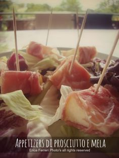 Appetizers with ham and apple - Appetizers di prosciutto e mela