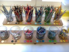 ondecole.ch - rangements des crayons & Co... Coin, Crayons, Toothbrush Holder, Barware, Amp, Storage, Tips And Tricks, Organisation, Colored Pencils