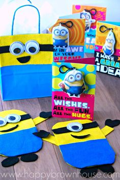 Minion Gift and Clip Cards from Hallmark