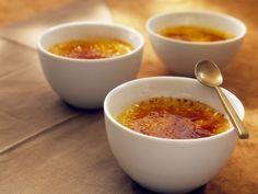 Creme brûlée ist ein Rezept mit frischen Zutaten aus der Kategorie Menü. Probieren Sie dieses und weitere Rezepte von EAT SMARTER!