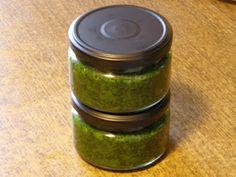 Muskátli Büfé: Medvehagyma krém Pesto, Pickles, Cucumber, Mason Jars, Food, Essen, Mason Jar, Meals, Pickle