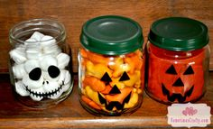Turn Baby Food Jars into Treats & Favors I love me some upcycled baby food jar crafts! Last year everyone got lighted Christmas Trees from Big Girl's leftover jars and now that Little Baby is going to be trying baby food soon I will… Baby Food Jar Crafts, Mason Jar Crafts, Baby Crafts, Mason Jars, Crafts For Kids, Fun Crafts, Halloween Jars, Baby Halloween, Halloween Crafts