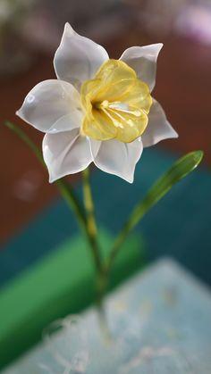 アメリカンフラワー(ディップアート)でラッパ水仙の作り方の解説です。