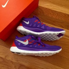 💥NEW💥 Nike Free NEW IN BOX - equivalent to women s 7 girls) measurements  on Nike website are exactly the same if you want to double check! hot girl 7aeec7a88