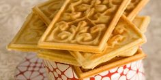 Norwegian Goro cookies prepared on a special cookie press and flavored with cardamom are a cross between a cracker a cookie and a waffle. Norwegian Cuisine, Norwegian Food, Swedish Recipes, Norwegian Recipes, Viking Food, Cookie Recipes, Dessert Recipes, Norwegian Christmas, Scandinavian Food