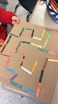 Kinderspiele STEM Magnet Maze Project, Bathroom Taps – Choosing The One Science Experiments Kids, Science For Kids, Art For Kids, Crafts For Kids, Game For Children, Kids Diy, Diy Toys For Toddlers, Cardboard Crafts Kids, Science Demonstrations