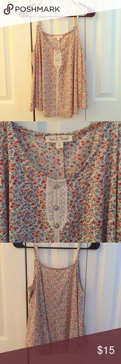 Flowy, flowery tank from Nordstrom Never worn! Super cute Nordstrom Tops Tank Tops