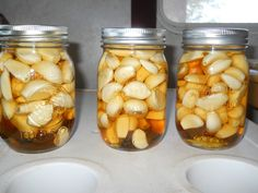 Garlic, Apple Cider Vinegar And Honey – Combination That Treats Many Diseases Including Cancer - Time For Natural Health Care Natural Health Remedies, Natural Cures, Natural Treatments, Natural Beauty, Apple Cider Vinegar Remedies, Apple Vinegar, Vinegar And Honey, Wie Macht Man, Fermented Foods