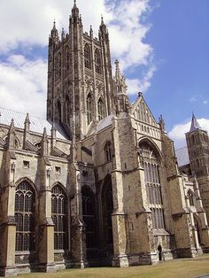 Google Image Result for http://upload.wikimedia.org/wikipedia/commons/thumb/7/77/Canterbury_Cathedral_05.JPG/450px-Canterbury_Cathedral_05.JPG
