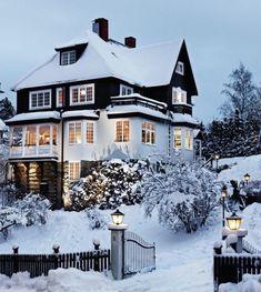 Winter Szenen, Winter Travel, Winter Magic, Patio Interior, Interior Exterior, Carpe Diem, Sweden House, Chalet Design, Viajes