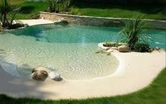 42 Awesome Natural Small Pools Design Ideas Best For Private Backyard - Piscina Beach Entry Pool, Backyard Beach, Backyard Pool Designs, Swimming Pools Backyard, Swimming Pool Designs, Beach Pool, Pool Landscaping, Backyard Ideas, Lap Pools