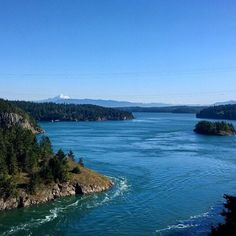 A beautiful view from the Deception Pass Bridge and Mt. Baker in the distance. #traveling #travel #deceptionpass #washingtonstate #upperleft #pnw