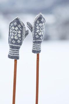 mitts on sticks