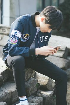 Bright Pictures, Daily Pictures, Korean Ulzzang, Ulzzang Boy, Song Wei Long, Cute Boyfriend Pictures, Sweet Couple, Asian Actors, Asian Boys