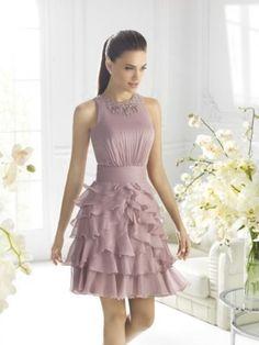 92c0cb7e4df21 7 fantastiche immagini su Vestito lilla