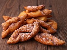 """In France, we call it """"Mardi gras"""" (Fat Tuesday) and celebrate it with """"bugnes"""", a regional speciality from Rhône-Alpes. In Brazil we call then """"calças viradas"""". Krumkake Recipe, Mardi Gras, Unique Recipes, Ethnic Recipes, Carnival Food, Kebab, Beef Bourguignon, French Desserts, Russian Recipes"""