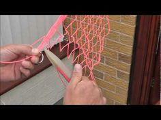 Netmaking-Tying on the bottom ring