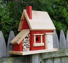 Country Cabin Inspired Birdhouse Beautifully handcrafted birdhouse for your feathered friends, or that special accent piece for your home. All houses are built to withstand the elements for years. Naturally weather and insect resistant. Bird House Plans, Bird House Kits, Decorative Bird Houses, Bird Houses Diy, Cedar Homes, Bird Aviary, Wood Bird, Bird Boxes, Gardening Supplies
