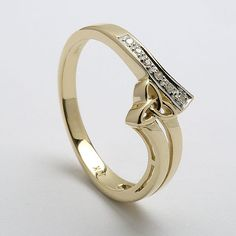 Ribbon Of Life Celtic Ring (C-799) I want this in silver or white gold.
