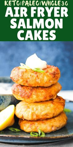 Air fryer salmon patties Try this Air fryer salmon cakes, so delicious and healthy! Keto, paleo, and low carb. You can make this salmon patties from frozen and from fresh salmon fish fillets. Dont forget a touch of lemon! quick recipe under 10 minutes. Air Fryer Recipes Snacks, Air Frier Recipes, Air Fryer Dinner Recipes, Snacks Dishes, Keto Snacks, Quick Recipes, Low Carb Recipes, Cooking Recipes, Healthy Recipes