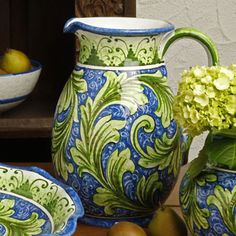 Italian painted pottery - gorgeous colors!