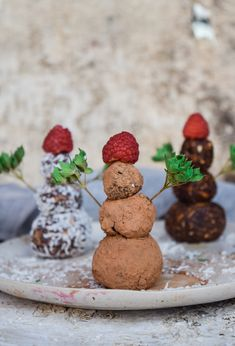 I did not know festive treats could be so much to make! These protein packed balls hit the spot and left me feeling energized unlike most holiday snacks!