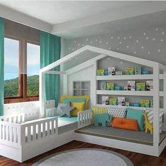 Originale cameretta per bambini, moderna, con una piccola struttura della casa creata all'interno della stanza - all'interno un lettino e un divano perfetto da utilizzare come angolo lettura - pareti colore grigio